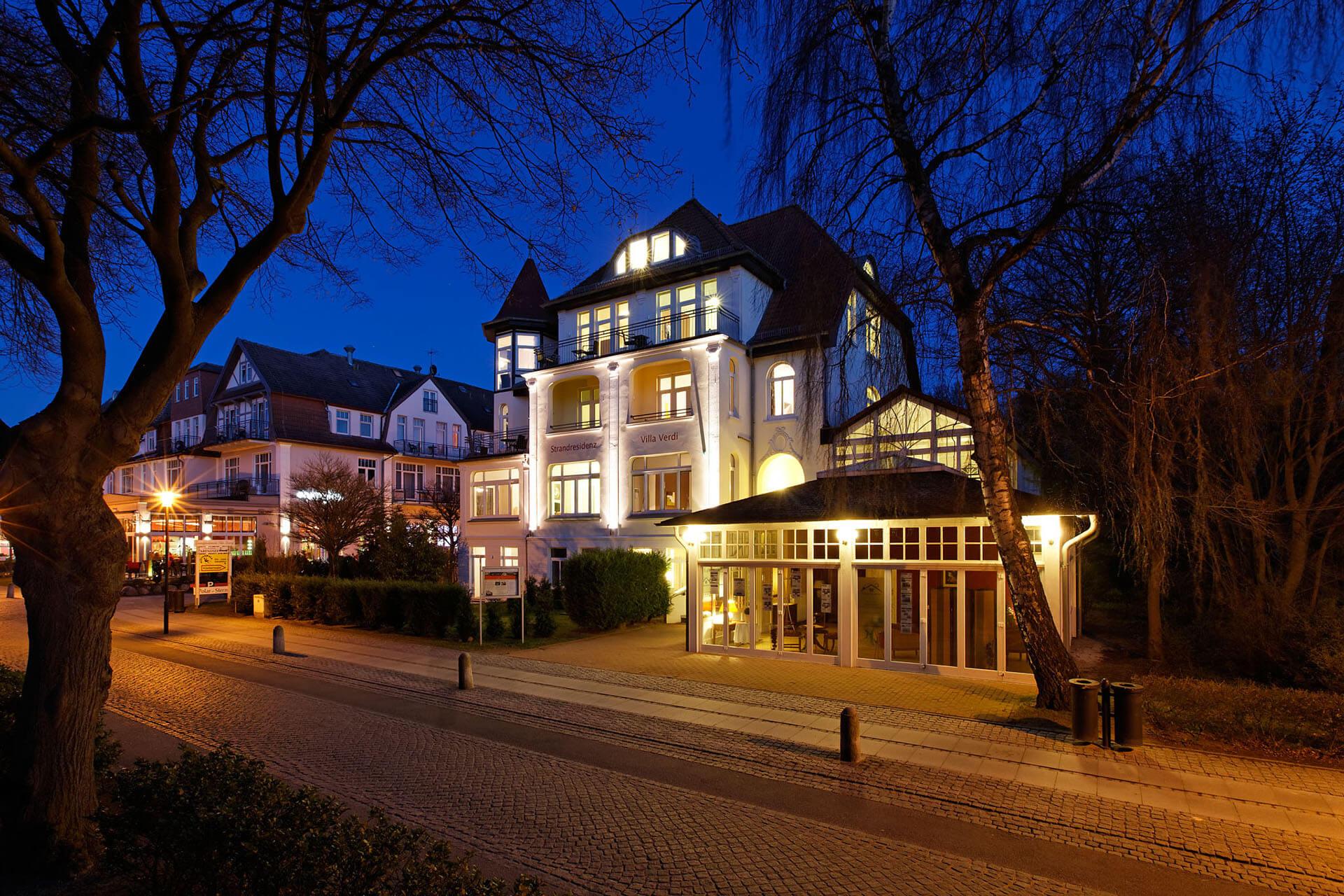 Hotel Villa Verdi In K Ef Bf Bdhlungsborn